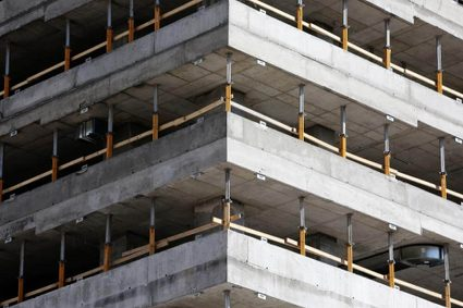 Construction of a building out of concrete slabs
